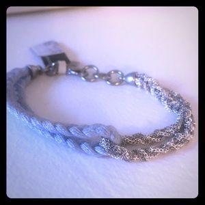 Dainty braided bracelet